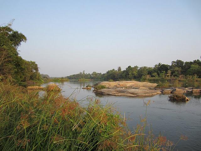 Святыни Майсора, близ реки Кавери