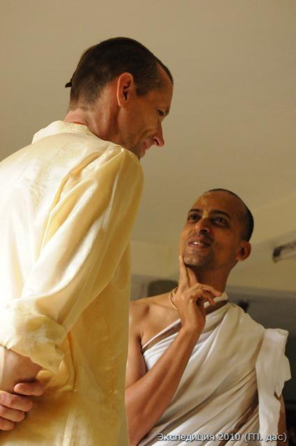 """Президент храма Премабхакти дас: """"Ну надо же, какие молодцы, что к нам в гости приехали!"""""""