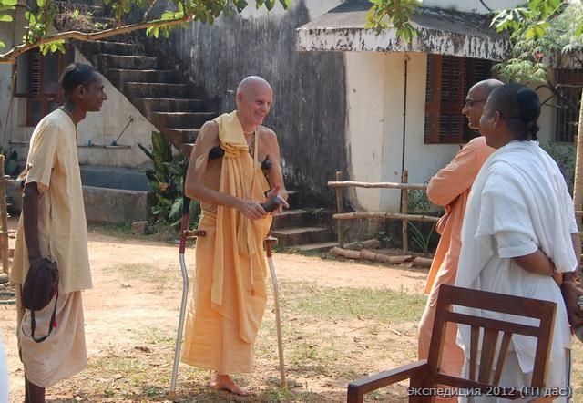 Встреча с настоятелем - Бхакти-Рагхавой Свами, санньяси и учеником Прабхупады из Америки